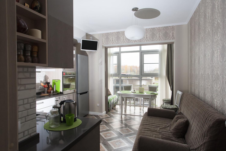 Совмещаем балкон с кухней.