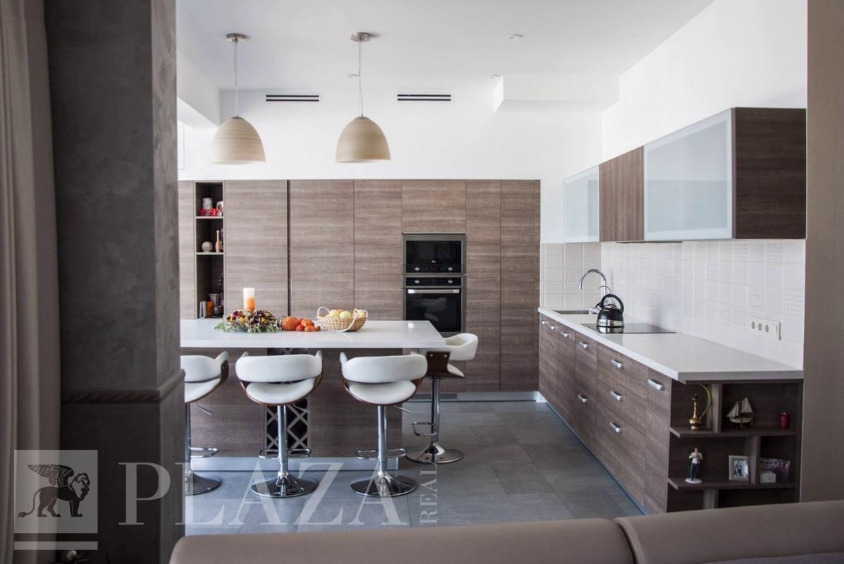 Газовый счетчик и стояк на кухне – как замаскировать | 800x1197